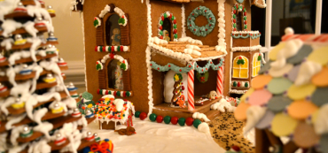 Carnival of Passive Investing – #25 – Gingerbread House Edition