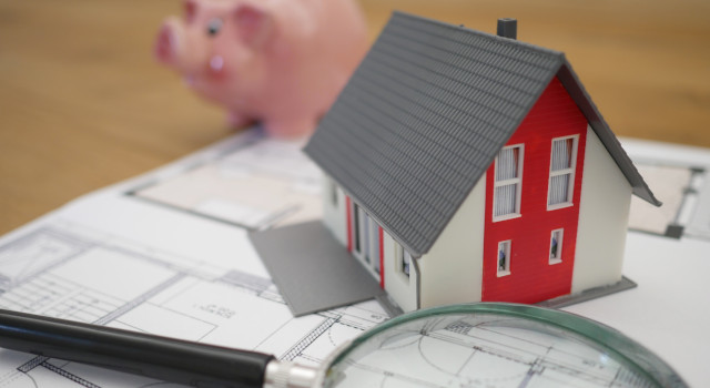 How to Budget for Emergencies: Major Home Repair